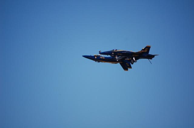 Blue Angels solo pilots